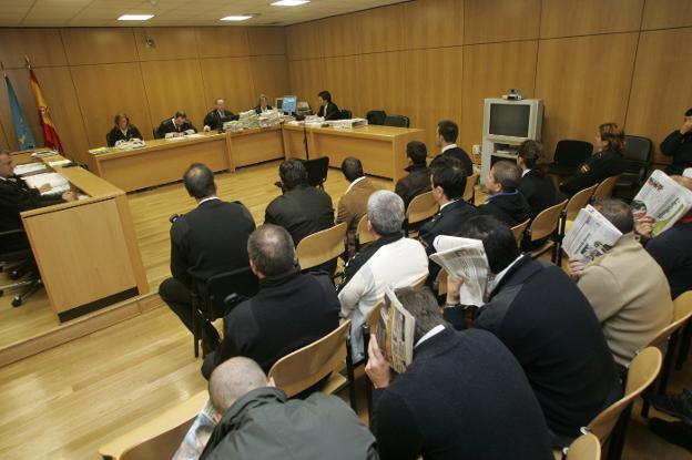 El Consejo de Mujeres pide una sanción para el abogado que hizo comentarios «misóginos» en un juicio por violación