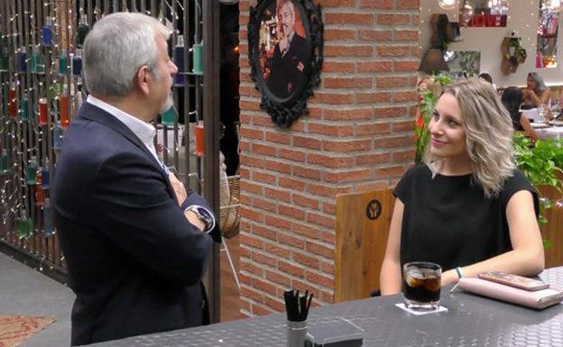 'First Dates' | Una concursante que aspira a ser Guardia Civil: «Quiero ser narcotraficante»