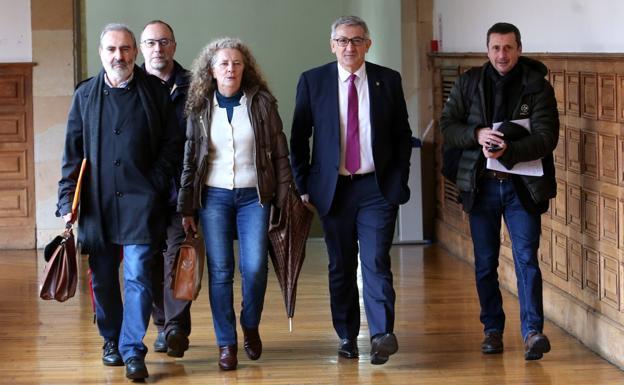 La Universidad expulsará a Franco