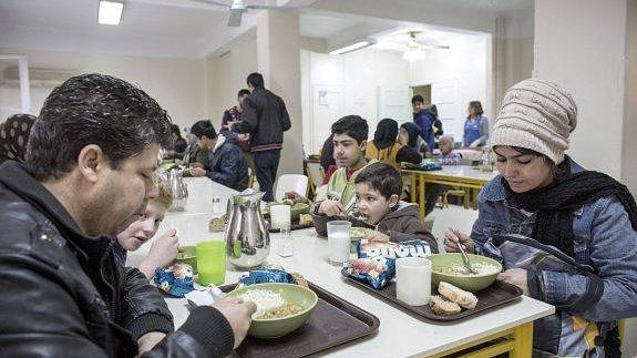 Contra el hambre en Atenas | El Comercio