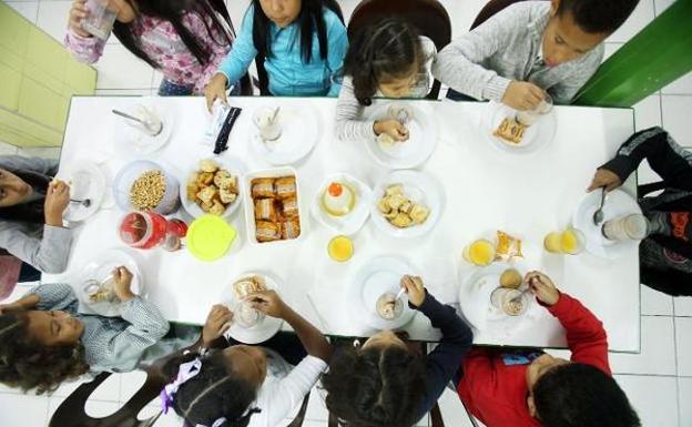 Educación dice que el servicio de comedor «ha mejorado» con ...