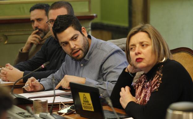 Rosón pide a los socialistas que se comprometan con La Vega y con Oviedo
