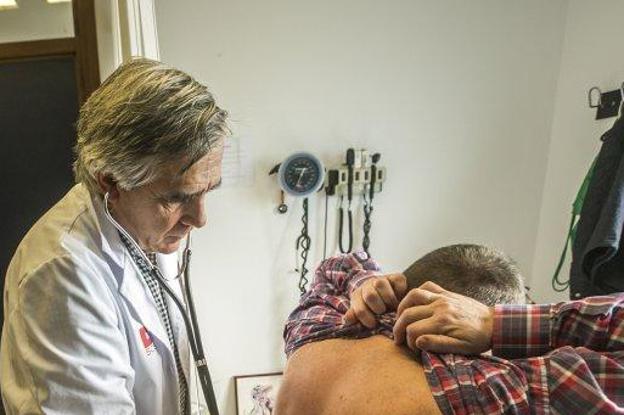 Las consultas en Primaria, antes de 48 horas. El Hospital de Arriondas suspende de forma indefinida el servicio de Urología