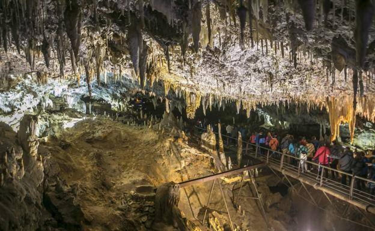 La Cueva Cántabra De El Soplao Reabre Las Visitas Turísticas El Comercio
