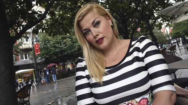 Eva Perez Modelo De Tallas Grandes En Espana Siguen Sin Gustar Las Curvas El Comercio